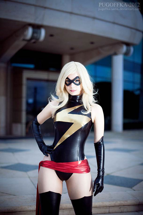 Pin-Up-Miss-Marvel-cosplay-1