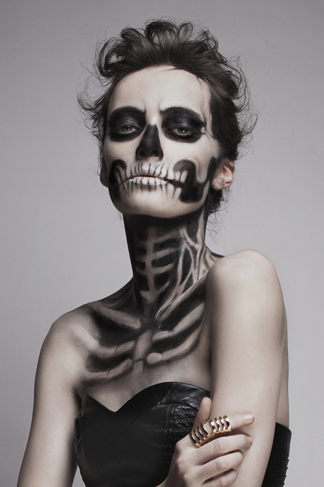 Skeleton-Makeup